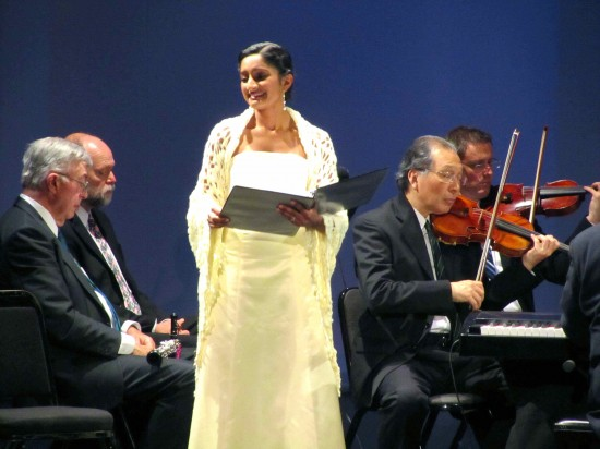 Dorinda, a shepherdess (soprano Maya Kherani)