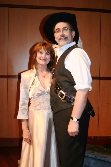 Cheryl Blalock as Roxane and Robert Solis as Cyrano